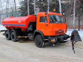 Дорожная машина КАМАЗ КО-823